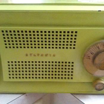sylvania radio - Radios
