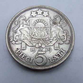 1929 Latvia Five Lati Crown Size Silver Coin