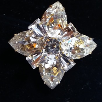 Marked weissco, Crystal brooch Mystery  Marking? - Costume Jewelry
