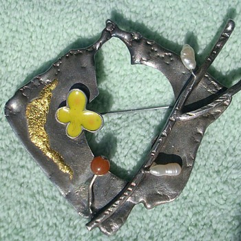 Sterling & gold modernist brooch pin signed in script 925  Lou NY ? Tonny ?