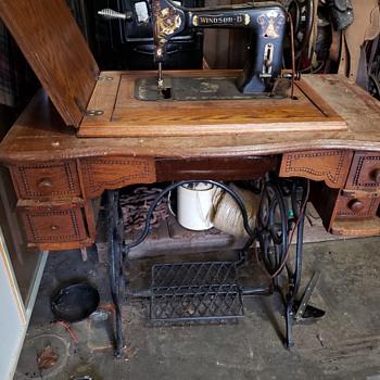 Windsor treadle sewing machine  - Sewing