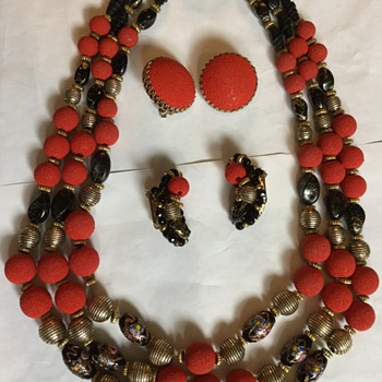 My first real Hobe set ... - Costume Jewelry