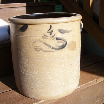 Salt Crock Mystery - China and Dinnerware