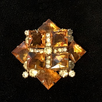 Amber colored brooch - Costume Jewelry