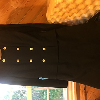 brooks brothers dress, looks at least 40 years old not sure of style