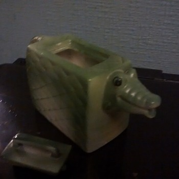 A Collecter Teapot in the Shape of a Crocodile / Alligator handbag removable lid - Pottery