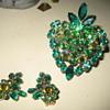 WEISS Brooch & Earring Set  in Green