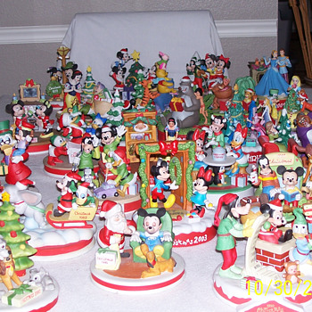 Disney Christmas Collectables - Christmas