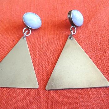 Verj N Silver Triangle Earrings