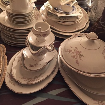 Inherited huge unknown bone China set, only numbered in gold on bottom