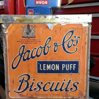 Jacob & Co's lemon puff cube shaped tin - Advertising