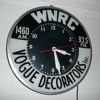 WNRC Radio/Vogue Decorators Light Up Clock - Advertising