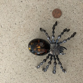 Sterling and amber spider brooch - Fine Jewelry
