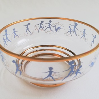Small Bowls with Cavorting Figures - Art Glass