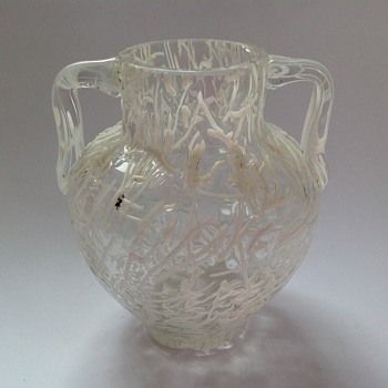 Victorian white threaded Peloton glass vase - Harrach? - Art Glass