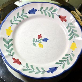 Solimene Ceramica Tulipani Plate - Vicenze Solimene at Arcosanti - Pottery