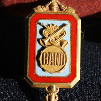 Fathers Ohio State University Marching Band Pin  - Music Memorabilia
