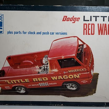 "IMC Model Kit ""Little Red Wagon"" Wheelstander 1/25 Scale Circa 1970 - Model Cars"