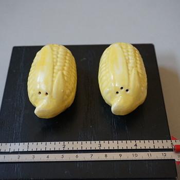 Corn Salt & Pepper Shakers - Kitchen