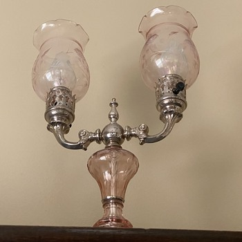 1930's oil lamp - Lamps