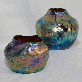 A. Allison vases: A small pair, but a winner! - Art Glass