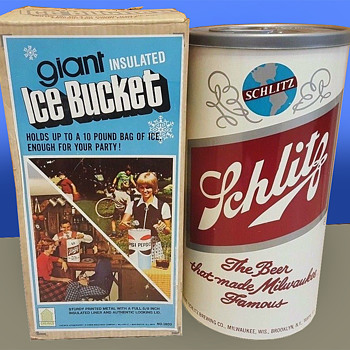 "16.5"" SCHLITZ Beer Can Ice Bucket MIB - Breweriana"