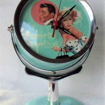 Fun Novelty Chrome Pedestal 60's Inspiration Clock - Clocks