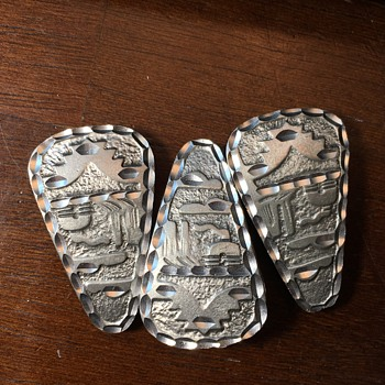 Midwest silver ?buttons? - Costume Jewelry