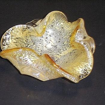 Interesting Large Modern Italian Glass Ashtray, in the Rare Loetz Argentan Decor, but in a Golden Amber Color - Art Glass