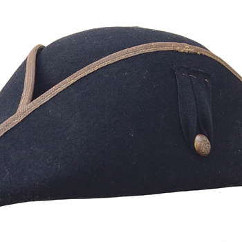Vintage Chelsea Pensioners Tricorn hat - Military and Wartime