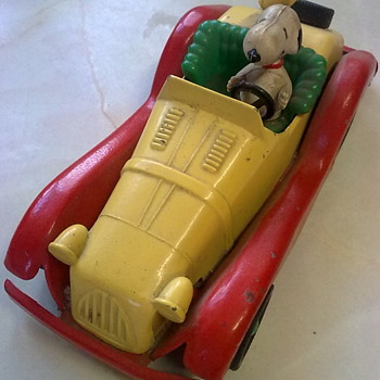 Peanuts and his car. - Toys