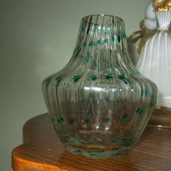 Any Ideas on this Crystal Ribbed Vase with Green Trailings - Art Glass