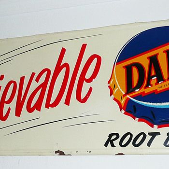Dad's Root Beer Sign