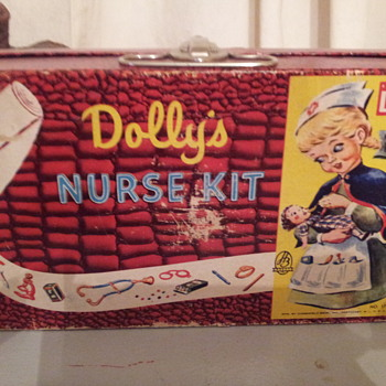 Hasbro  Dolly's Nurse Kit  No.1720 1950's - Toys