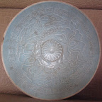 Early Chinese Celadon bowl - Asian