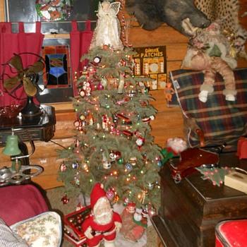 Merry Christmas to CW Tree - Christmas