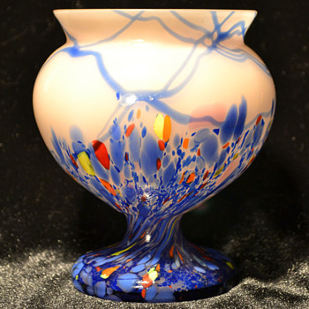 Kralik pedestal bowl - Art Glass