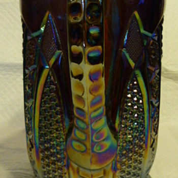 Indiana Glass pattern #123 'Paneled Daisy and Finecut' pitcher - Glassware