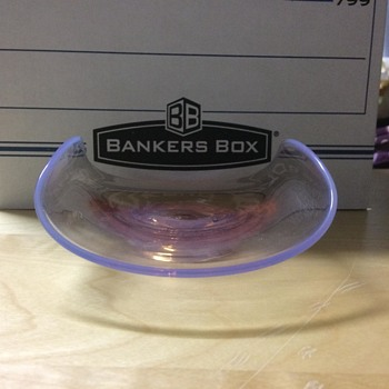 Curved Pink Plate