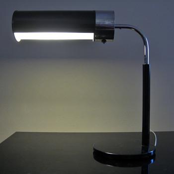 VINTAGE WALTER VON NESSEN -USA - Lamps