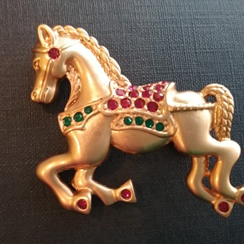 Napier holiday horse brooch  - Costume Jewelry