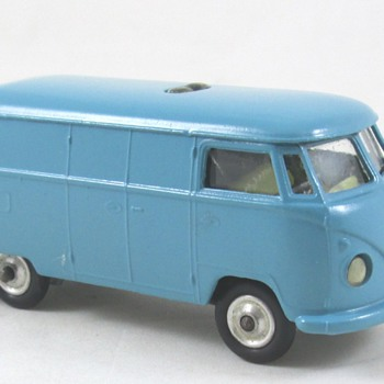 Corgi VW Van - Model Cars