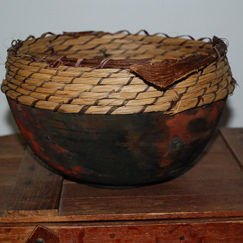 Raku Pot With a Pine Needle Rim - Pottery
