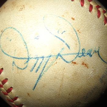 Autograph of Dizzy Dean - Baseball