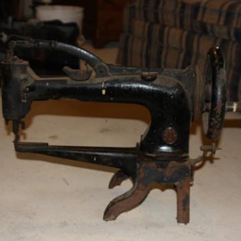 Unidentified Singer  Sewing Machine 1885