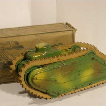 German WWI style Tank. Early 1930s, Possibly Gama? Tin wind up.  - Model Cars