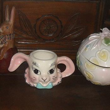 Vintage Easter Bunny Ceramic Mug