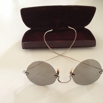 Bausch & Lomb old goldplated sunglasse