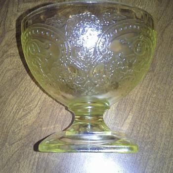 Yellow depression glassware - Glassware
