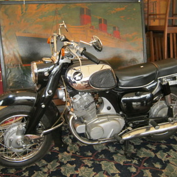 Nice old Honda - Motorcycles